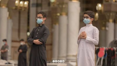 After getting vaccinated, the age groups between 12-18 were allowed to pray at Masjid Al Nabawi. s